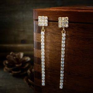 Jewelry - Vintage 1990s Rhinestone Diamond Bar Earrings